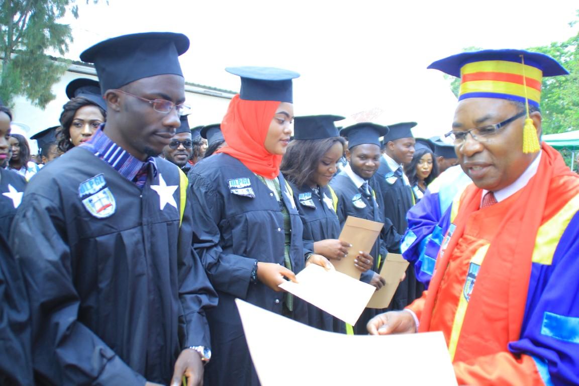 Collation des grades académiques 2018-2019 à l'ULPGL-Goma